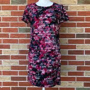 🔥 WAYF Striped Floral Shift Dress